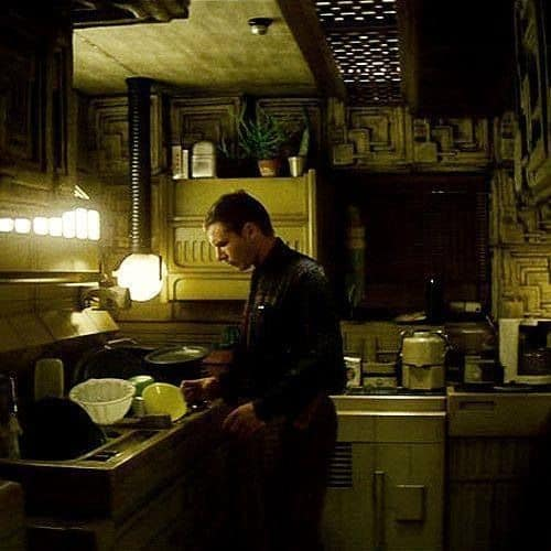Kitchen Blade Runner
