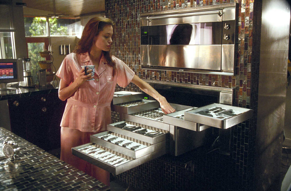 Kitchen Mr and Mrs Smith